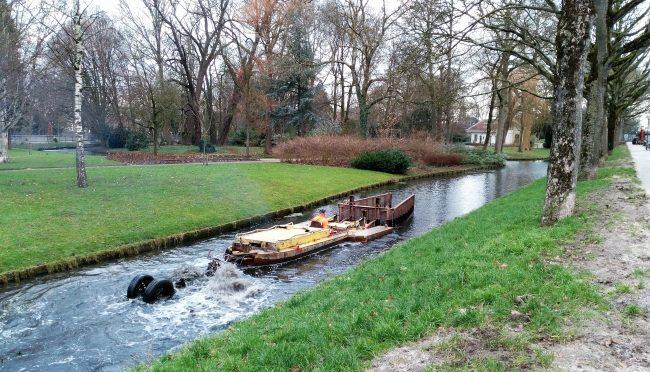 Watergang langs Groenedijk wordt uitgebaggerd
