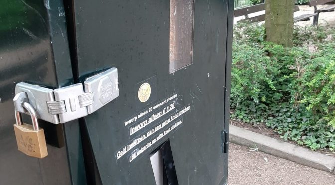 Voederautomaat opengebroken